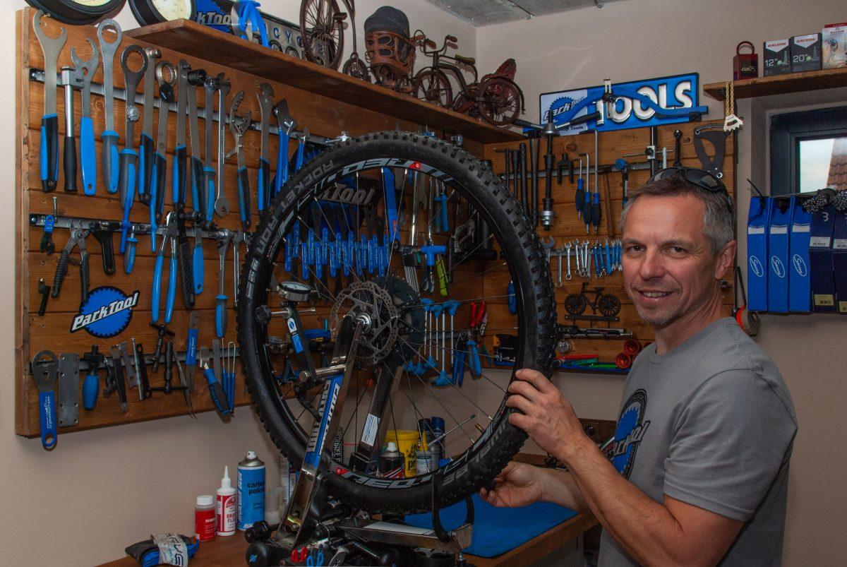 Milan Kohout Bike Garage